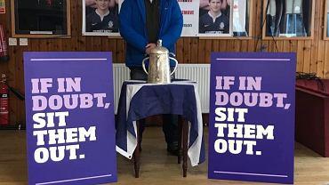 Peter Robinson chce zwrócić uwagę na ryzyko urazów mózgu wśród młodych sportowców.