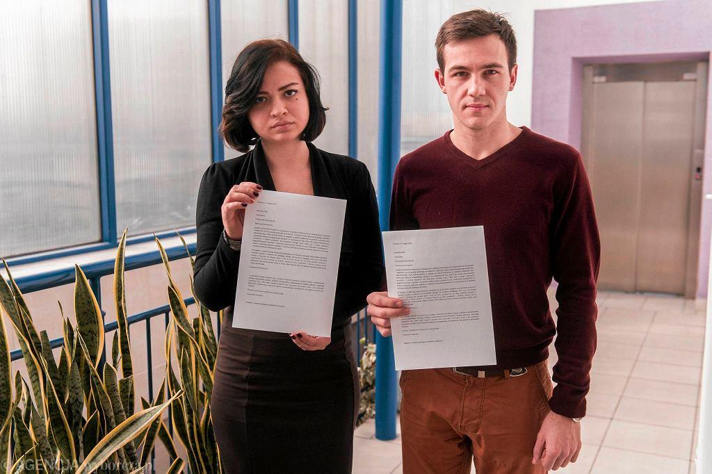 Studenci WSIiZ Olena Shershnova oraz Oleksandr Bihdan, którzy napisali petycję do premier Ewy Kopacz w sprawie pomocy materialnej dla studentów z Ukrainy