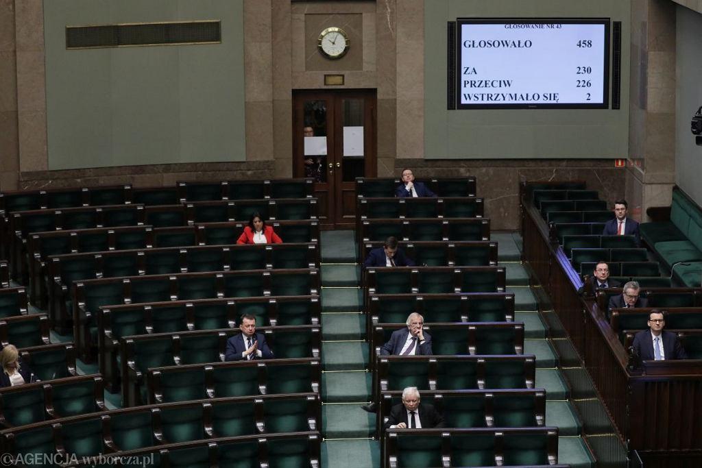 Sejm uchwalił ustawę w sprawie głosowania korespondencyjnego w tegorocznych wyborach prezydenckich