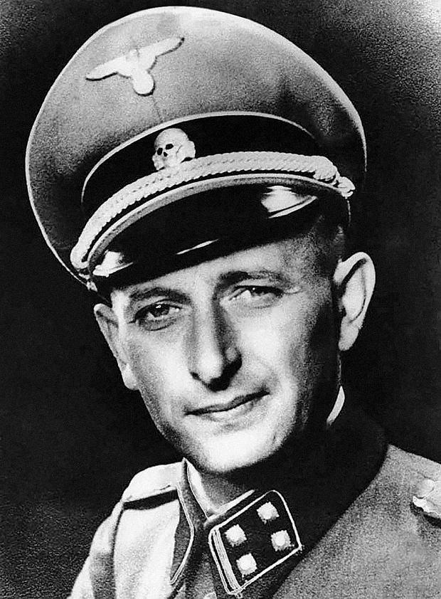 36-letni Eichmann w mundurze esesmana