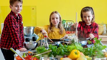 Jak dbać o zbilansowaną dietę u dzieci?