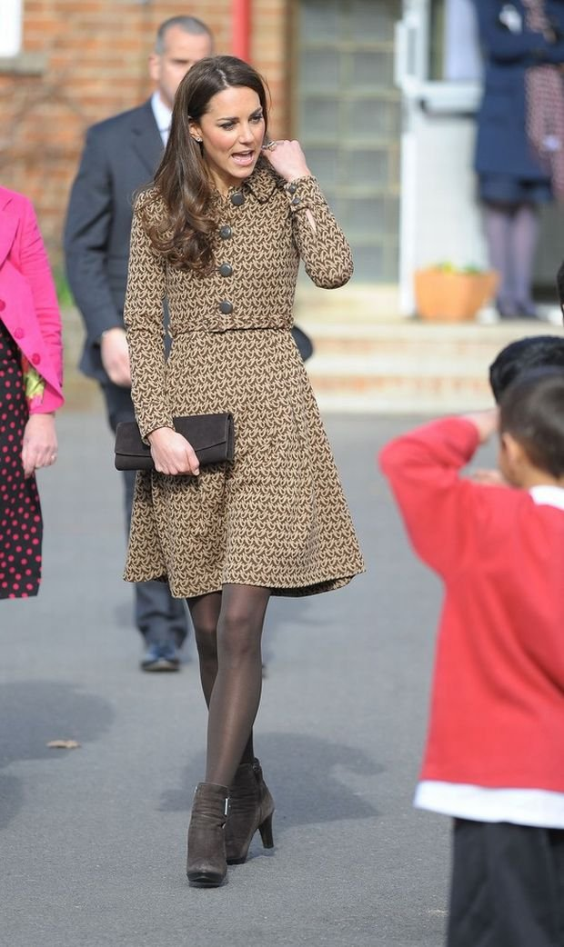Catherine, Duchess of Cambridge visits Rose Hill Primary School in Oxford, England.  Pictured: Catherine Duchess of Cambridge