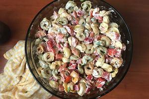 Sałatka z tortellini - pomysł na pyszną kolację