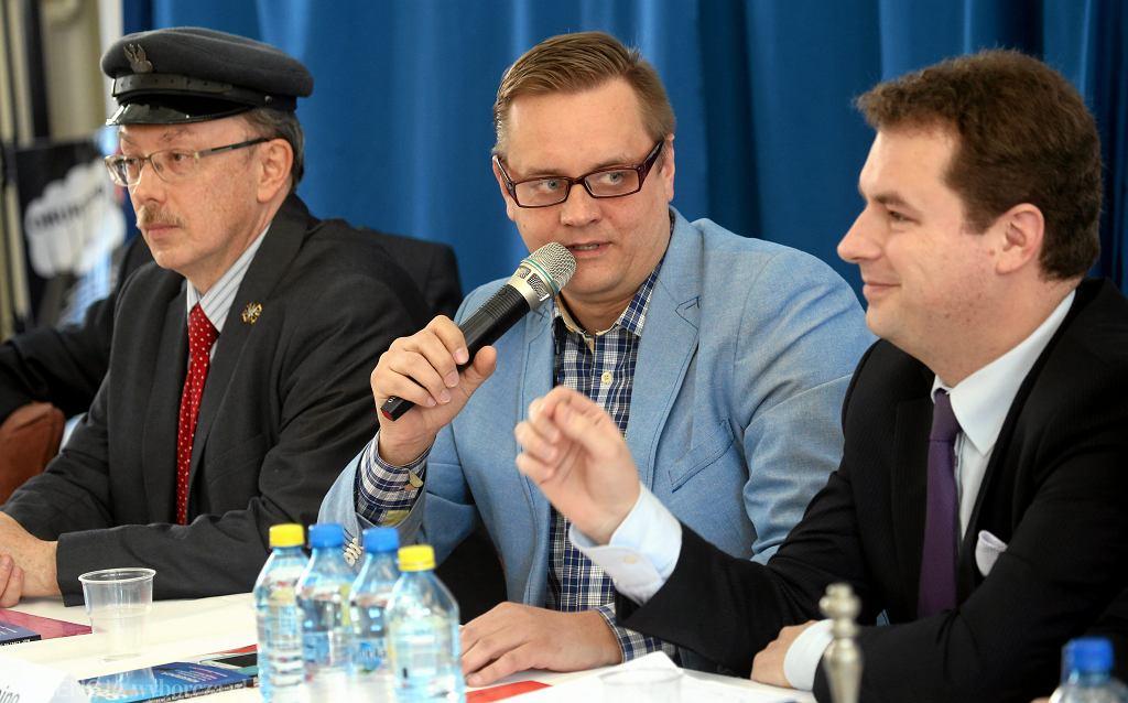 Paweł Tanajno podczas debaty antysystemowych kandydatów na prezydenta w 2015 roku