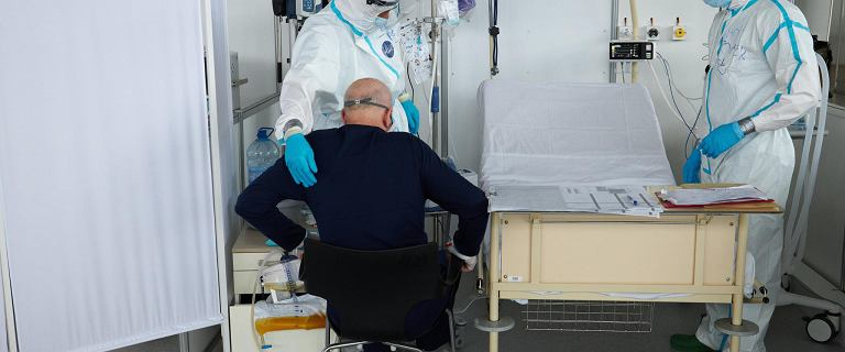 Hiszpania. Krytyczna sytuacja medyczna w Katalonii, operacje tylko pilne