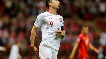 Robert Lewandowski podczas meczu Polski z Macedonią Północną w październiku 2019 roku.