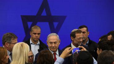 Premier Izraela Benjamin Netanjahu po konferencji prasowej w Tel Awiwie, 10 września 2019 r.