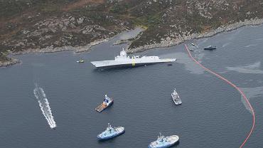 Norweska fregata wyrzucona na brzeg