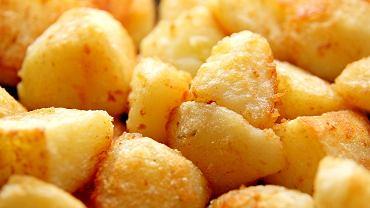 Choć ciepłe ziemniaki są pyszne, są również bardziej tuczące od ziemniaków zimnych
