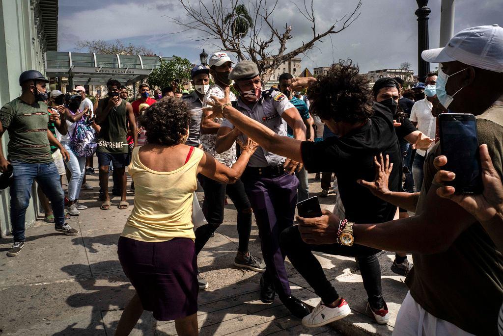 Kuba. Antyrządowe protesty