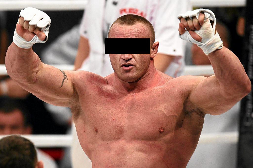 Mariusz P. stanie przed sądem. Byłemu strongmanowi grozi 5 lat więzienia