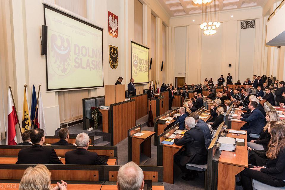 PiS ocenzurował stanowisko opozycji w sprawie mowy nienawiści.