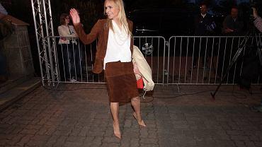 Monika Olejnik wychodzi ze studia TVN24