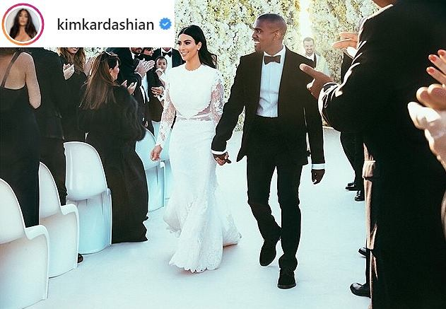 Kim Kardashian w ślubnej sukience