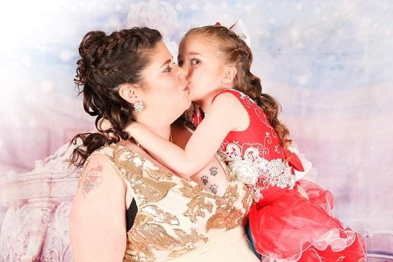 Catherine i jej dzieci biorą udział w konkursach piękności