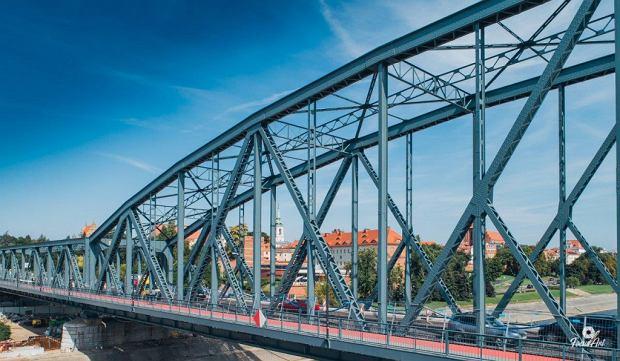 Zdjęcie numer 7 w galerii - Modernizacja mostu im. Piłsudskiego za 123 mln zł. Tak wygląda z drona