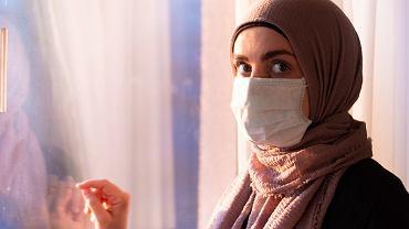 45-latka z Turcji skarżyła się na silny ból brzucha. Okazało się, że miała w nim guza ważącego 9 kg (zdjęcie ilustracyjne)