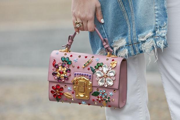 Te torebki bedą must havem na sezon wiosna lato 2020 | Moda