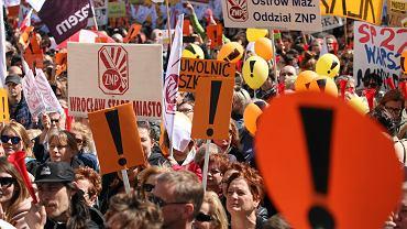 Manifestacja pod MEN