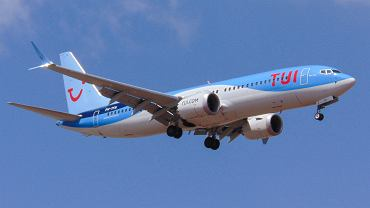 737 MAX w barwach TUI