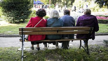 14. emerytura. Kiedy emeryci i renciści otrzymają 'czternastki'?