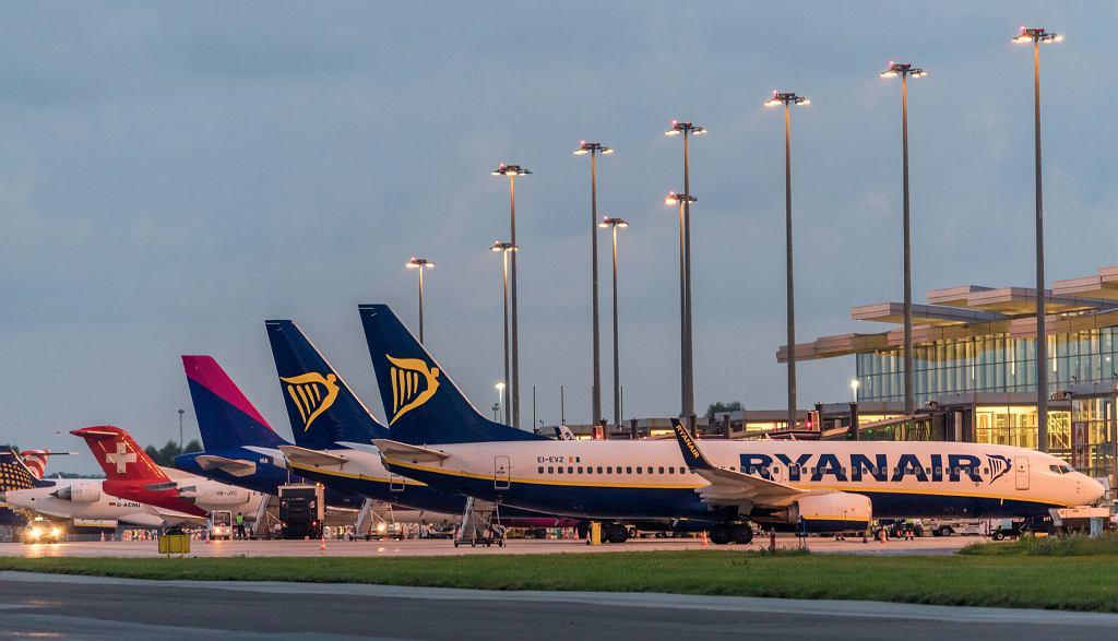 Lotnisko we Wrocławiu. Dokąd polecimy na wakacje?