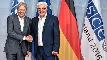 Szef dyplomacji Włoch Paolo Gentiloni na spotkaniu z szefem MSZ Niemiec Frankiem-Walterem Steinmeierem w Poczdamie 1 września