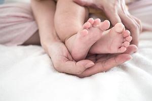 Nowe objawy koronawirusa pojawiły się u dzieci i młodych osób.To zmiany na stopach
