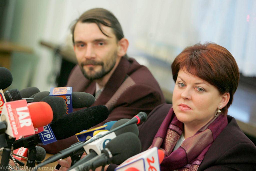 Andrzej Pisalnik i Andżelika Borys, szefowa Związku Polaków na Białorusi podczas konferencji w Sejmie. Warszawa, 23 listopada 2005 r.