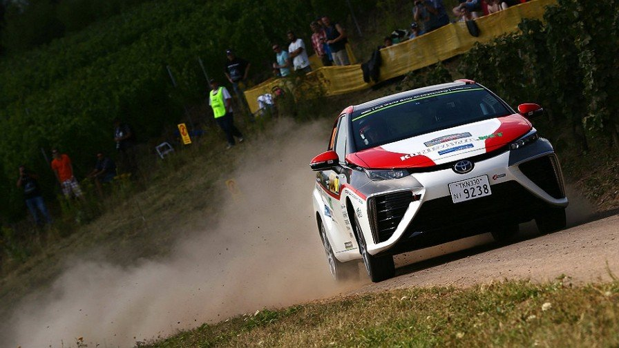 Toyota Mirai w WRC