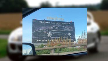 Billboard z Toyotą Suprą w San Francisco