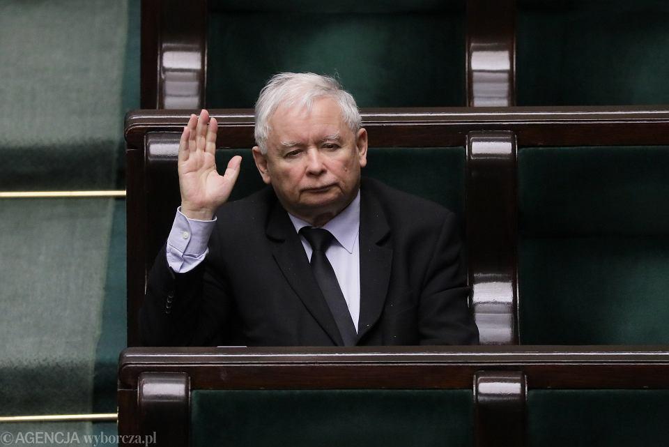 z26063131V,Jaroslaw-Kaczynski-w-Sejmie.j