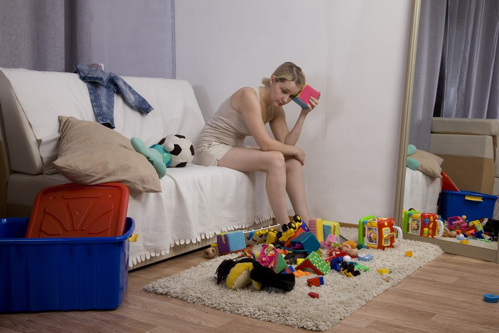 2Clutter,In,The,Nursery.,Mom,Is,Tired,Of,Looking,At