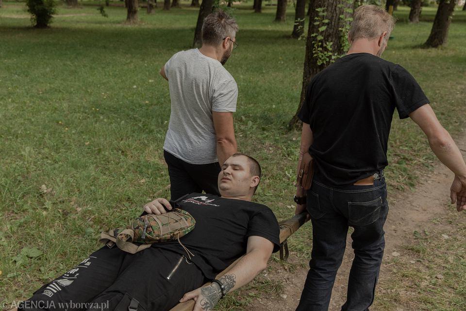 Zdjęcie numer 2 w galerii - Wypuszczeni z białoruskich aresztów: Dwa dni bez wody, bicie pałkami,