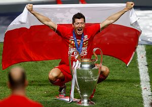 Bayern ustalił pensję maksymalną. Właśnie tyle zarabia Robert Lewandowski. I jest jedyny