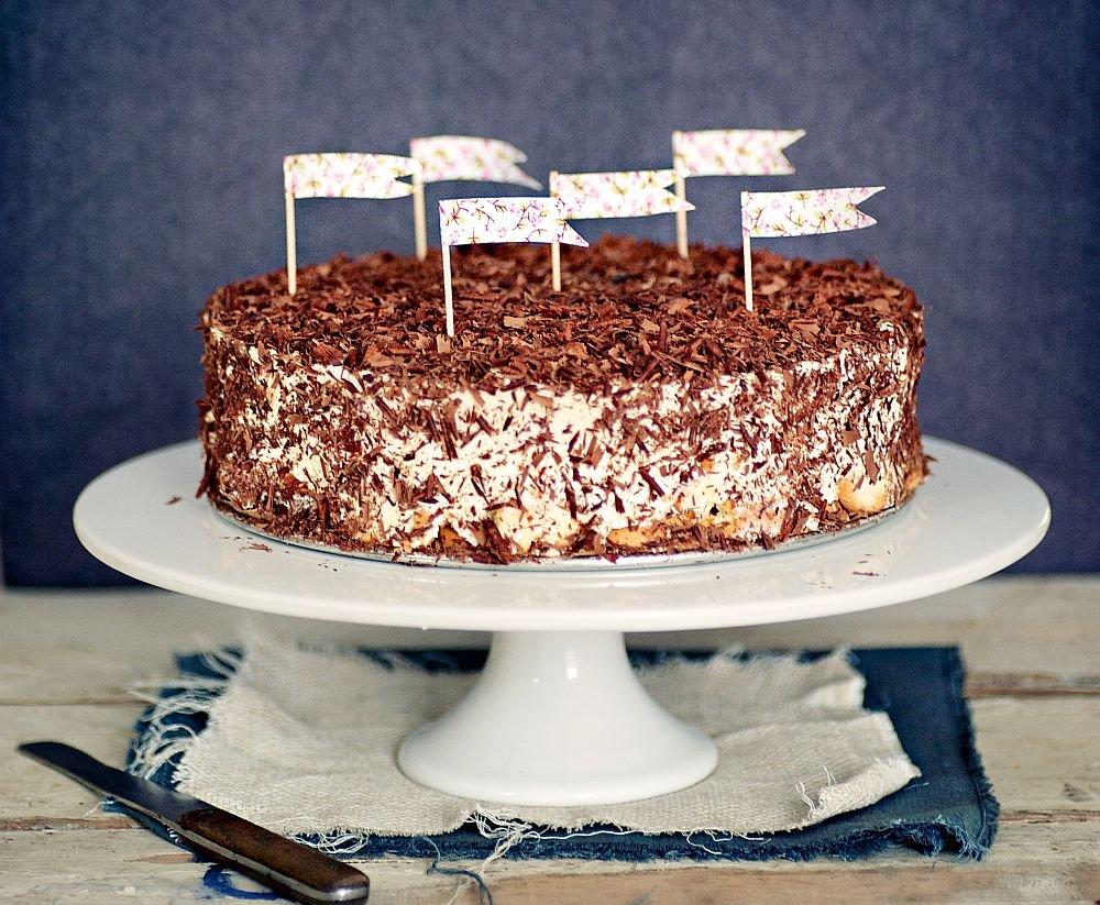 Sernik na zimno z tartą czekoladą