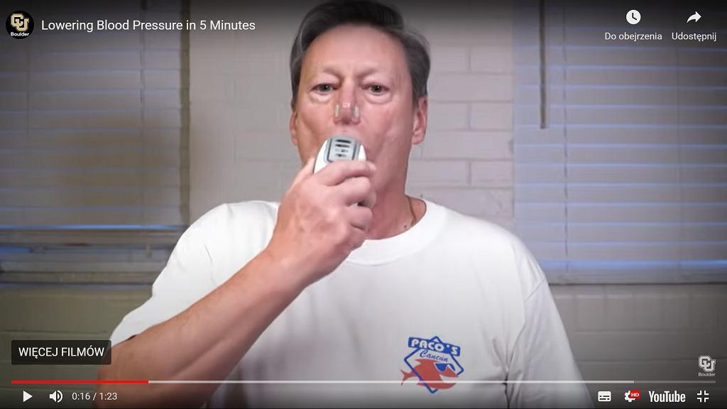 Urządzenie do ćwiczenia oddechu