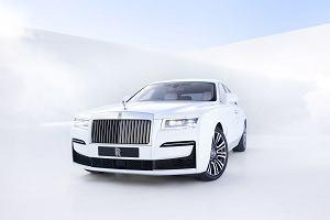 """Nowy Rolls-Royce Ghost. Debiut kolejnej generacji """"małej"""" limuzyny z Goodwood"""
