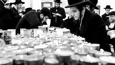 Koronawirus. Chasydzi nie przyjadą w tym roku do Leżajska, by modlić się przy grobie cadyka Elimelecha