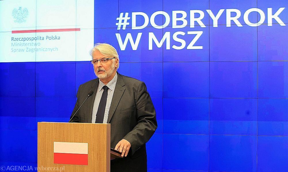 Witold Waszczykowski, szef MSZ podsumowuje rok pracy w rządzie Beaty Szydło