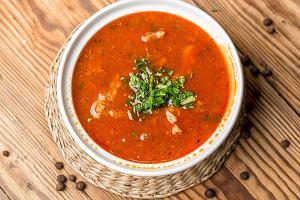 Nie umiesz zrobić gołąbków, nawet bez zawijania? Jest łatwiejszy sposób - zupa gołąbkowa! [PRZEPIS]