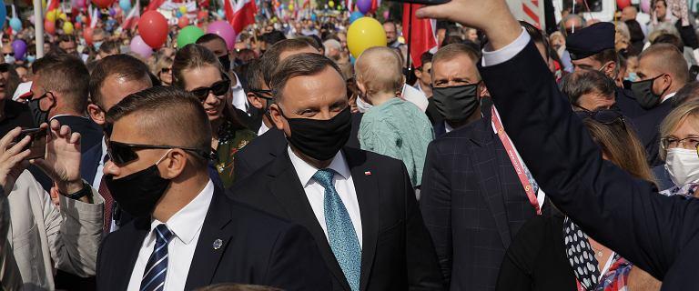 """Andrzej Duda dołączył do Marszu dla Życia i Rodziny. """"Po raz pierwszy"""""""