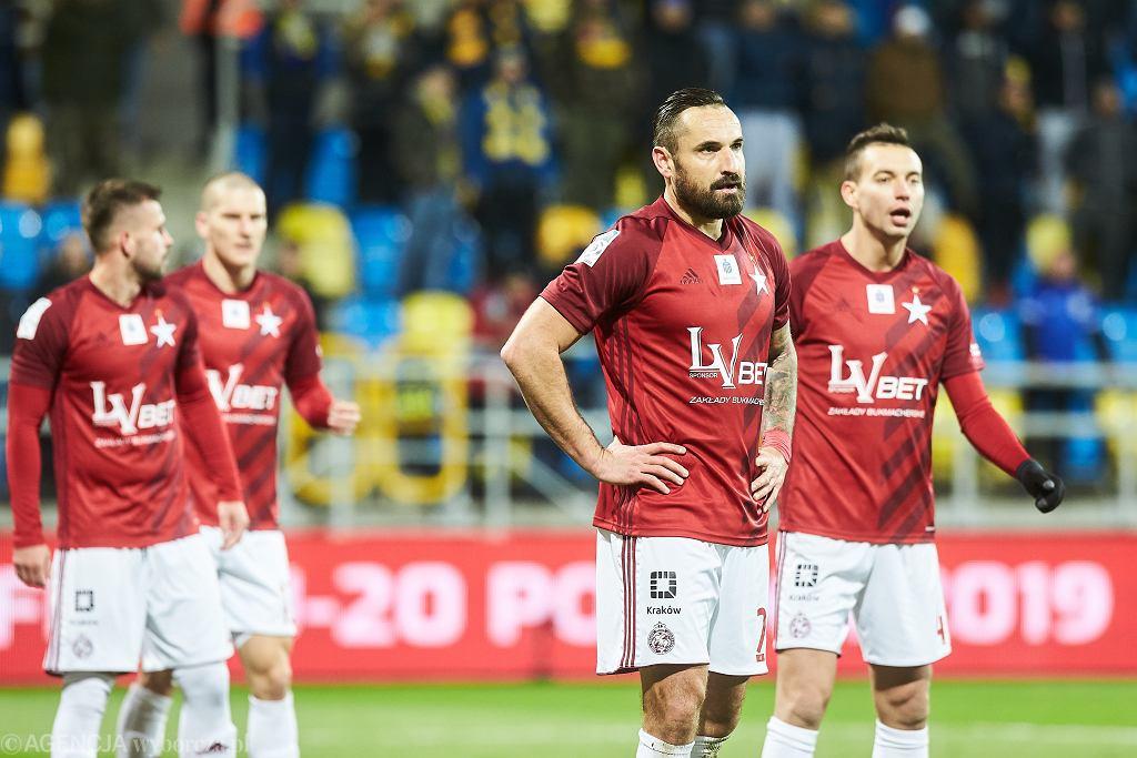 Marcin Wasilewski (2P) podczas meczu piłki nożnej 16 . kolejki Lotto Ekstraklasy