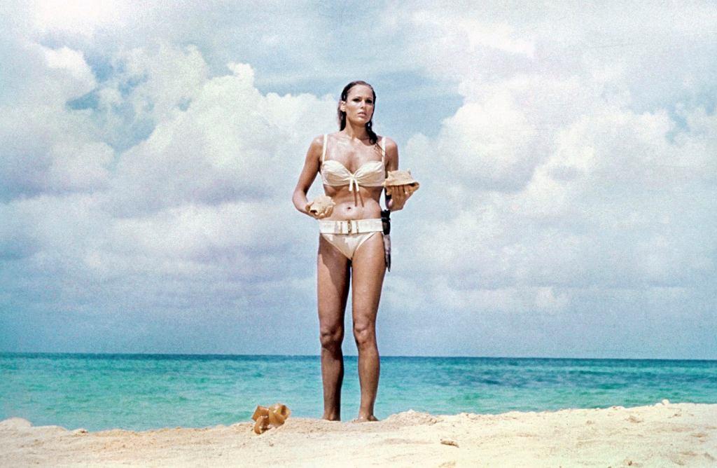 Ursula Andress w filmie 'Doktor No' spopularyzowała bikini. Teraz to noszone przez nią w klasycznej scenie zostanie zlicytowane. Cena wywoławcza? 500 tys. dol.