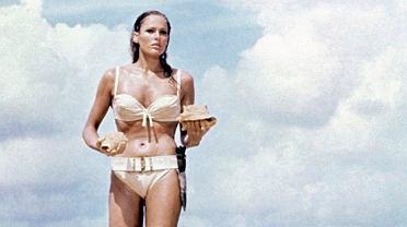 Przyszedł czas na boskie bikini! Jak dobrać idealny strój kąpielowy? Zwróć uwagę na typ sylwetki