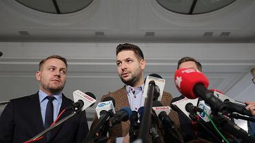 """""""Czy jest pan spakowany?"""" Wiceminister od Ziobry zapewnił, że koalicja istnieje i wskazał, kto byłby lepszym premierem niż Morawiecki"""