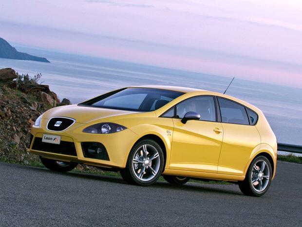 Porównanie - Seat Leon II vs. Opel Astra III. Kompakty na każdą kieszeń