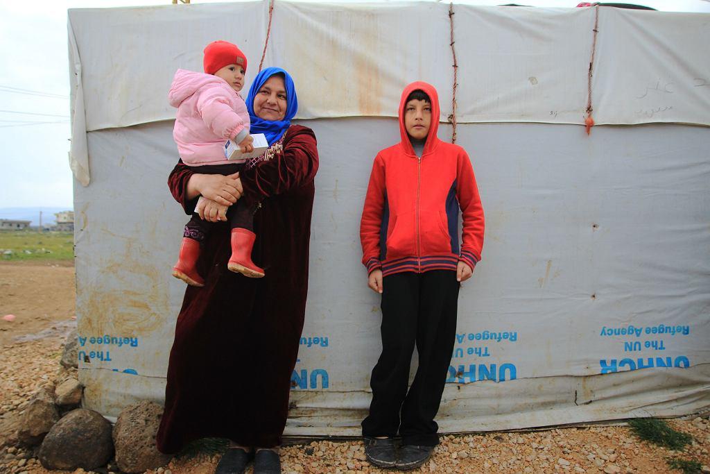 39 letnia Salwa przyszła do mobilnej przychodni z chorą na grypę córką. Jej syn Chalid cierpi na epilepsję