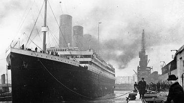 Titanic tuż przed wypłynięciem w swój dziewiczy rejs