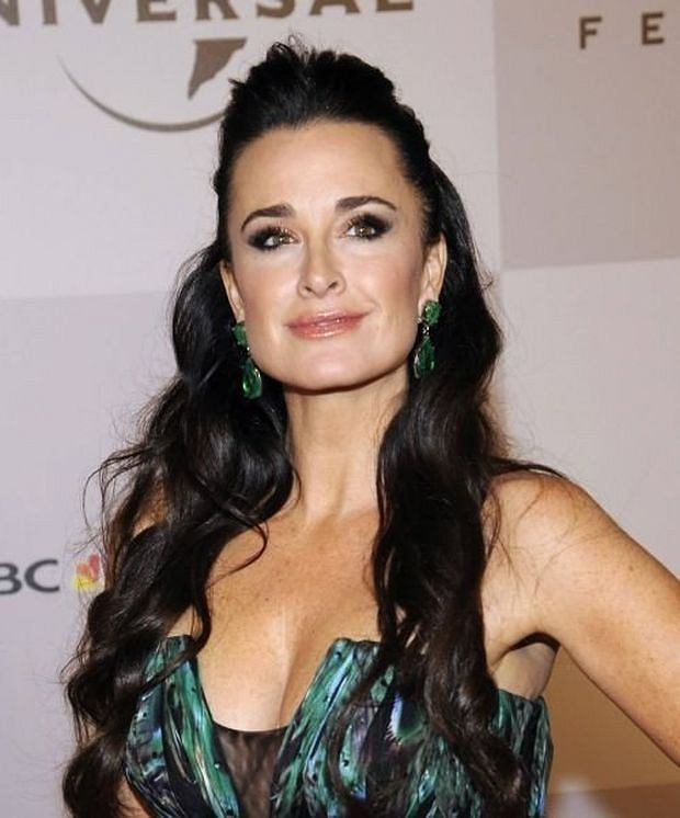 Kyle Richards attends the NBC Universal after party following the 68th annual Golden Globe Awards in Beverly Hills, California January 16, 2011. REUTERS/Phil McCarten (UNITED STATES - Tags: ENTERTAINMENT PROFILE) (GOLDENGLOBES-PARTIES)